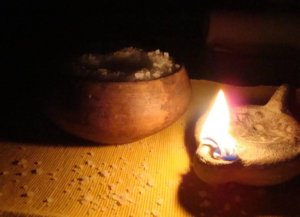 Evangelio Del Día - Lectura según San Mateo (5,13-16) Vosotros sois la sal de la tierra. Vosotros sois la luz del mundo. Palabra del Señor