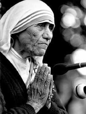 NOVENA A LA MADRE TERESA – SEGUNDO DIA –