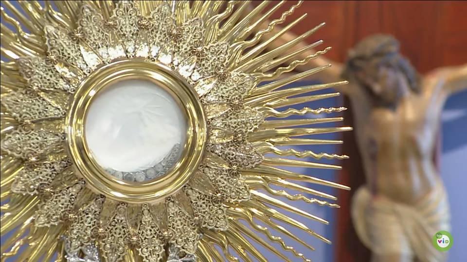 10 hechos asombrosos sobre el poder de la Eucaristía