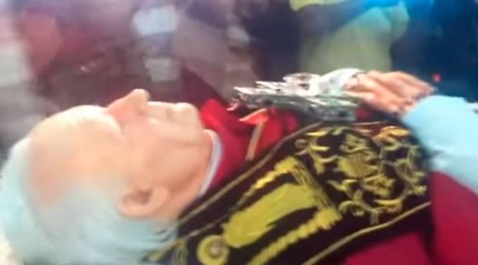 """Circula nuevo bulo sobre exhumación del """"cuerpo incorrupto"""" de San Juan Pablo II"""