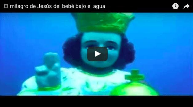 El milagro de Jesús del bebé bajo el agua