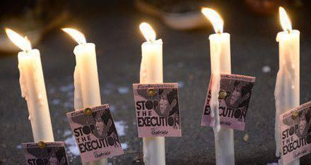 Protestar en las Filipinas contra la pena de muerte.