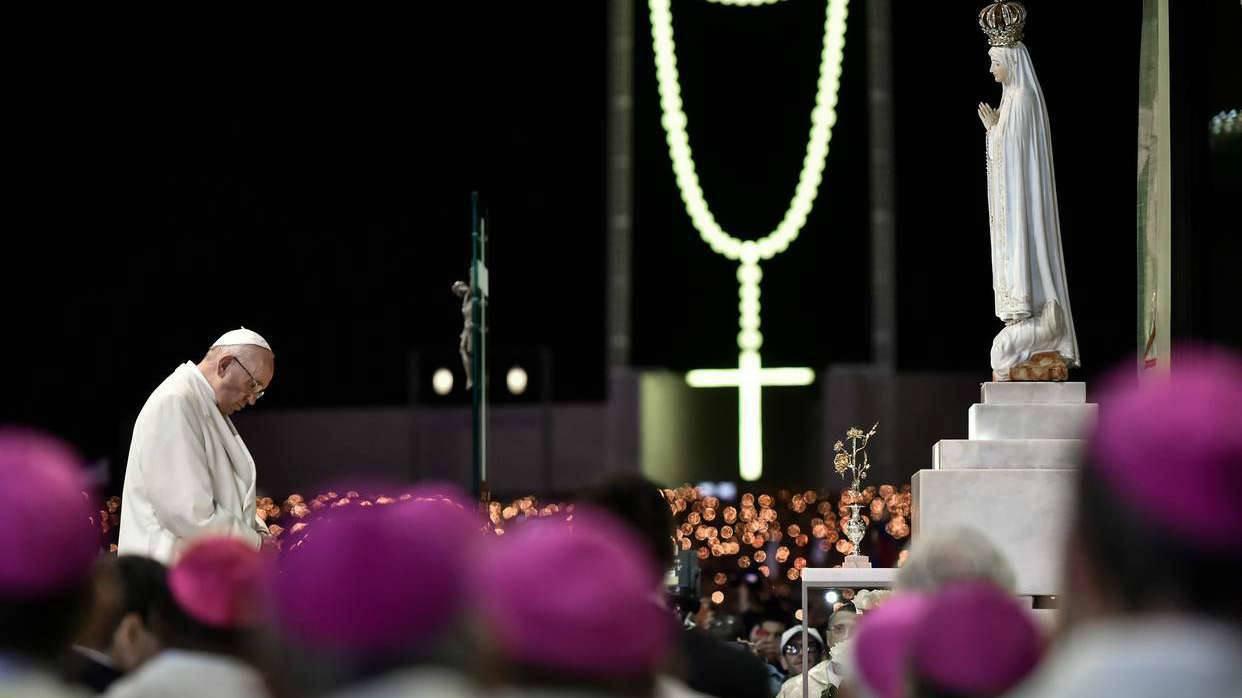 Oración de Papa Francisco a la Virgen de Fátima