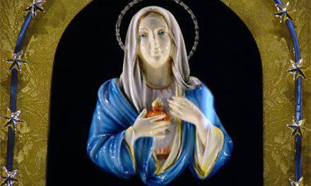 La Virgen María llora por nuestros pecados