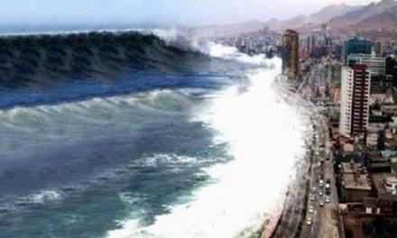 El tsunami que retrocedió ante la bendición con el Santísimo