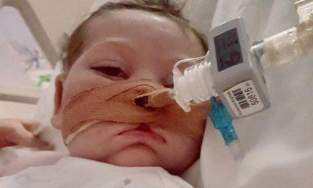 Giro inesperado en caso Charlie Gard: Hospital inglés pide nueva audiencia a Alto Tribunal