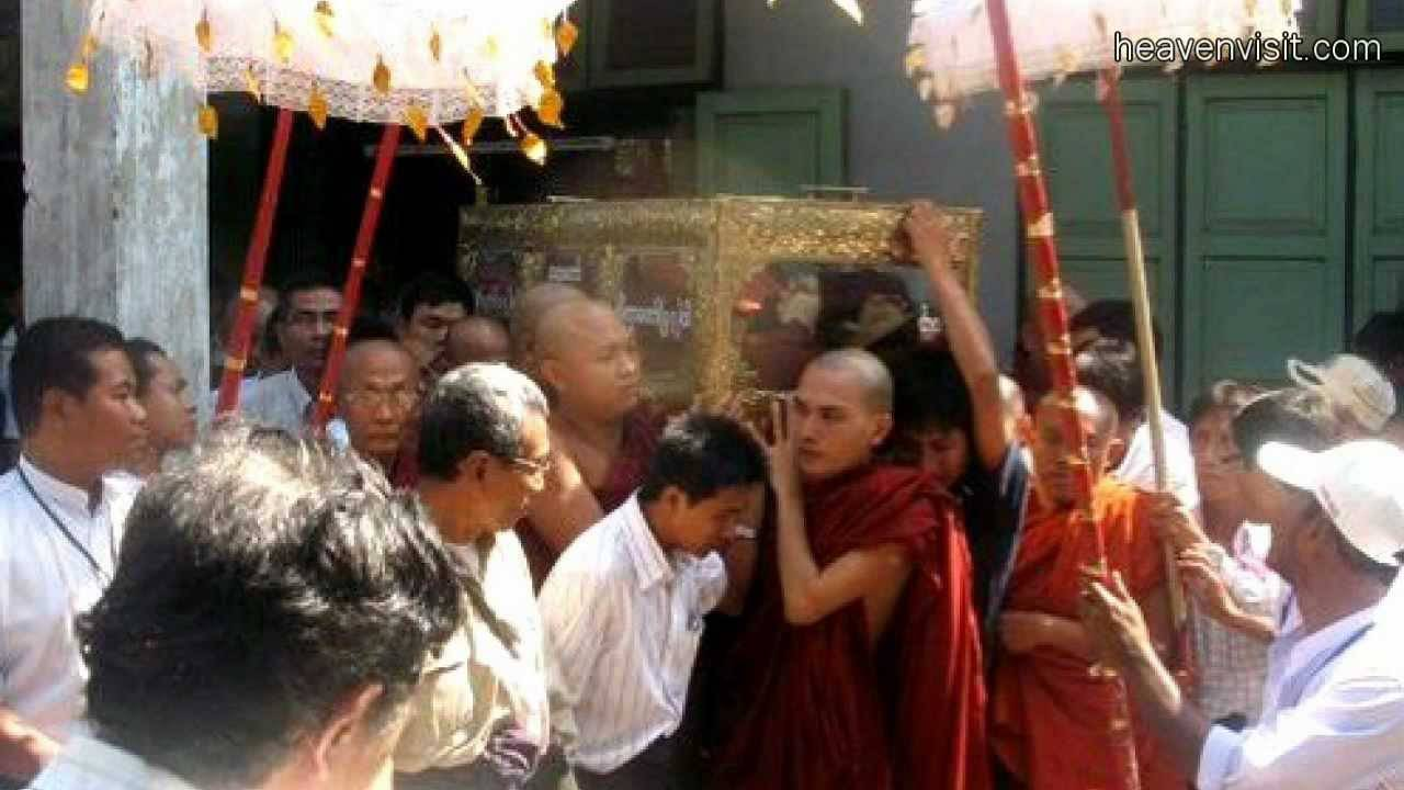 Mónaco budista resucita: Jesús es la única Verdad