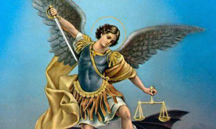 Oración a San Miguel Arcángel para pedir la protección del cielo