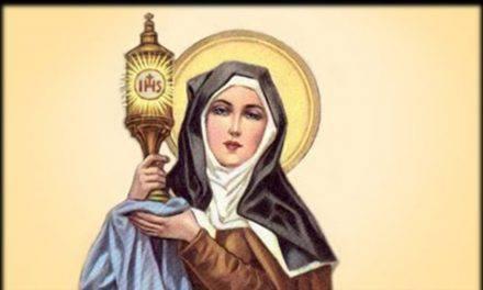 Oración a Santa Clara de Asís para una Petición Urgente y Difícil