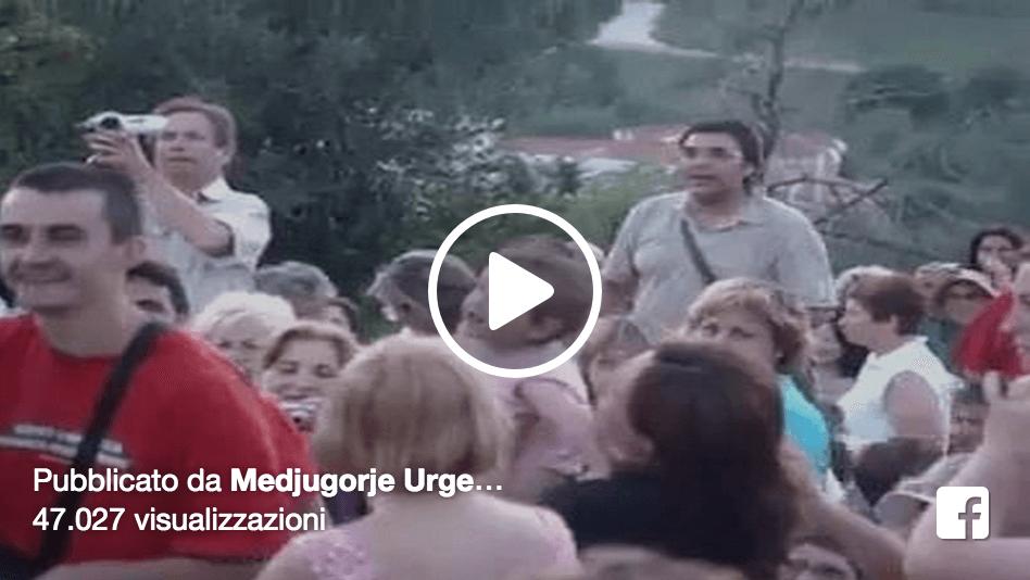 Aquí está la niña que ve a la Virgen María en Medjugorje