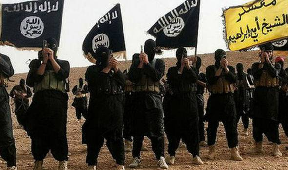 """Con el rosario se puede vencer al """"demonio terrorista"""" del ISIS"""