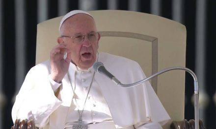 Papa Francisco: Abusos sexuales en la Iglesia son pecado horrible y ruina de la humanidad