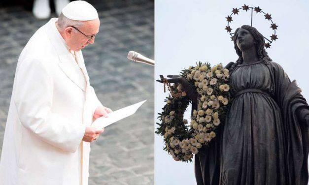 Esta es la oración que el Papa Francisco rezó ante la imagen de la Inmaculada