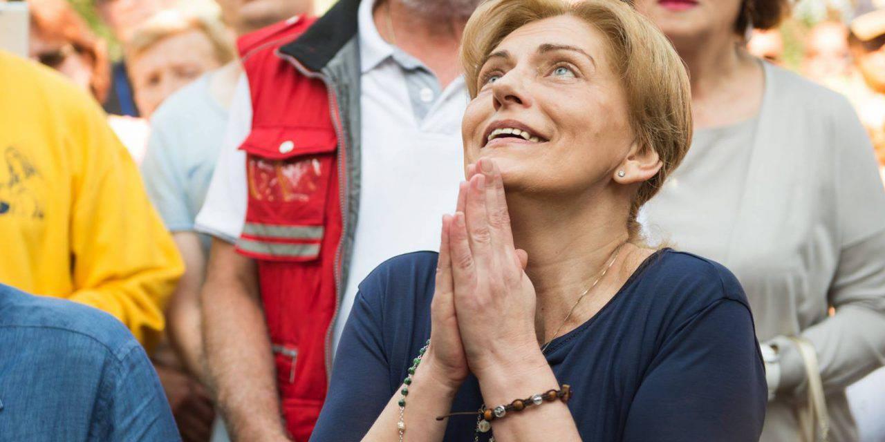 Mirjana explica cómo es su oración tras cada aparición. Video