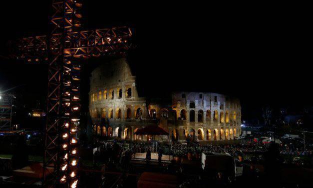 [EN VIVO] Papa Francisco encabeza un nuevo Vía Crucis en Roma