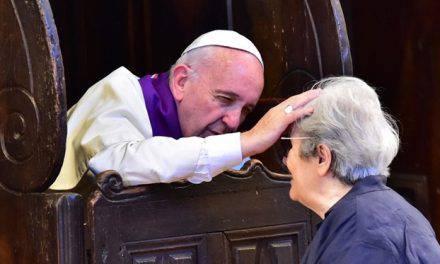 3 beneficios importantes de la confesión que quizás no conocías