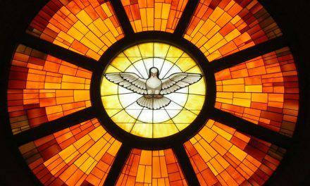 Oración para renovar tu corazón con el fuego del Espíritu Santo