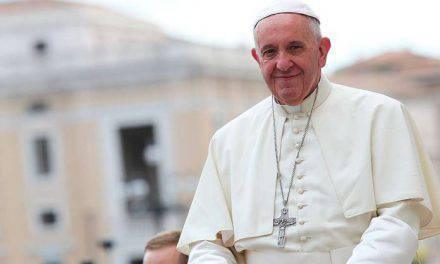 ¿En qué parte de la Misa hay que pedirle cosas a Dios? El Papa nos lo enseña y dice