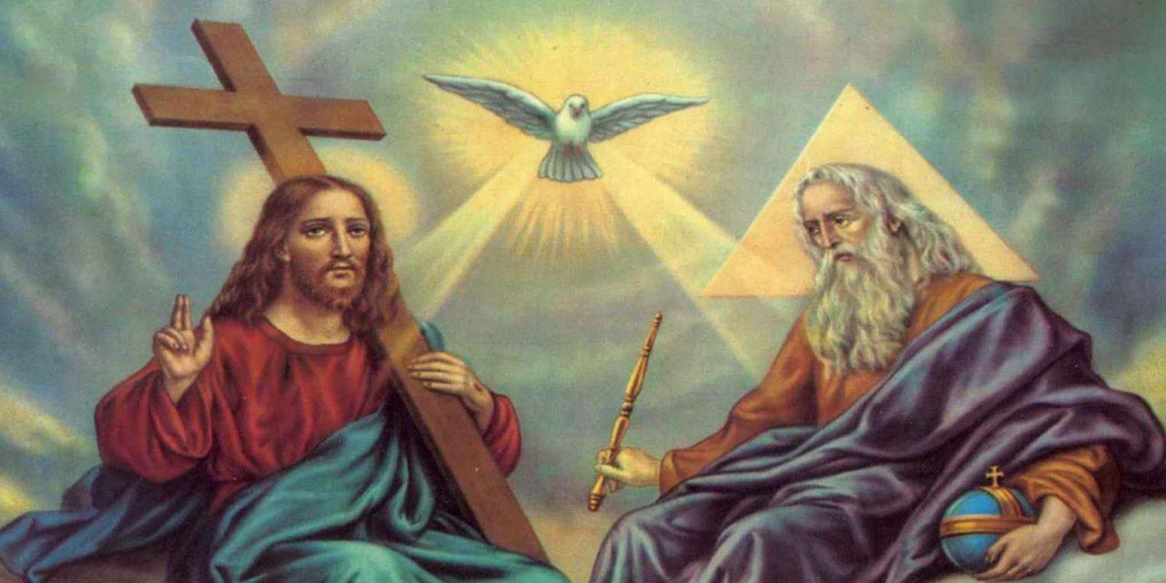 Conoce la presencia de la Santísima Trinidad en la Santa Misa