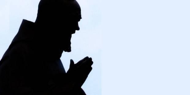 Cuando Padre Pío rezaba por alguien, decía esta poderosa oración
