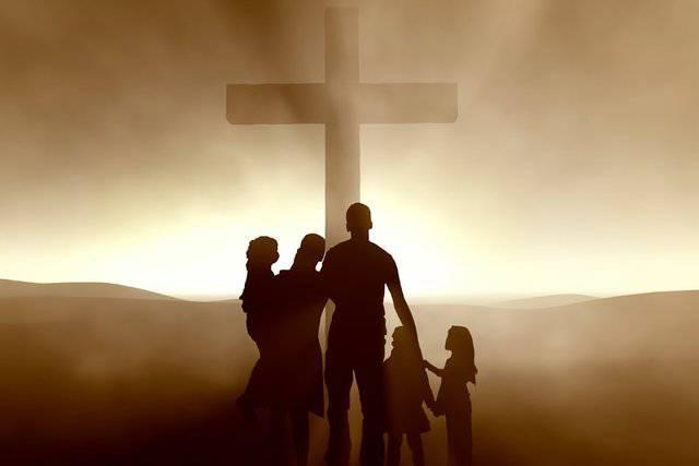 Oración de las madres a Santa Marta por la protección espiritual de su familia